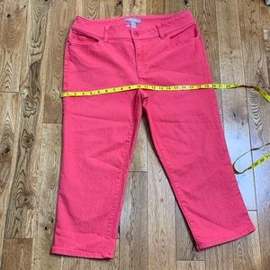 Just In CHICO's coral pink cropped denim pants